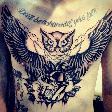 Les 25 meilleures id es de la cat gorie tatouage de hibou for Signification du noir et blanc