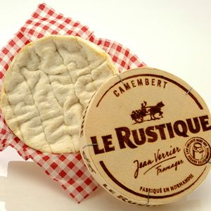 Le Rustique Camembert: best Camembert available in the city. Available at Provigo and The PA.