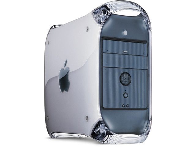 My second Mac. Apple Power Mac G4 (AGP Graphics). I still have it. Can't let it go. I nicknamed him Drago.