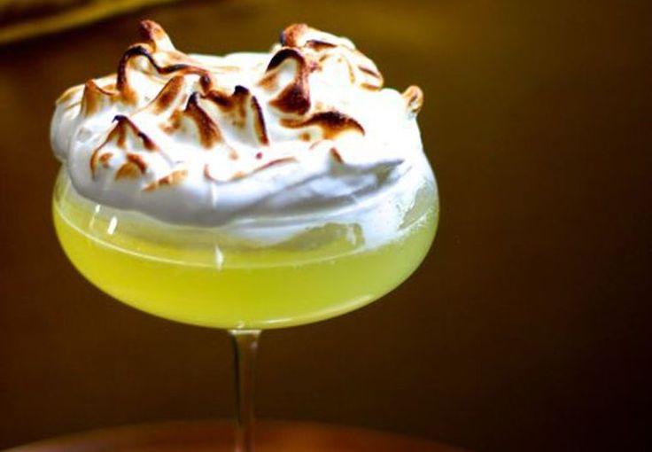 Lemon cocktail med låg af marengs   Boligmagasinet.dk