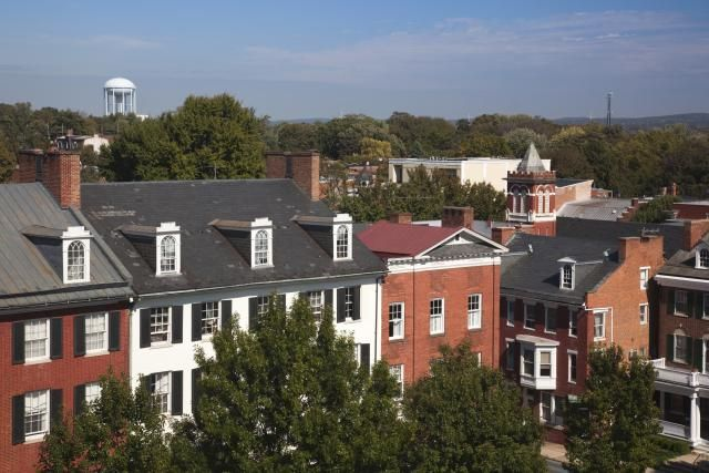 See a guide to the top things to do in Frederick, Maryland, including a variety of attractions, parks, recreation, shopping, dining and more.