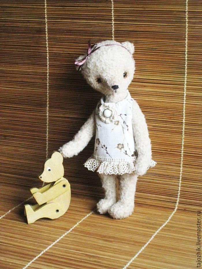 Купить Медведь Катька - бежевый, мишка тедди, медведь, вязаная игрушка, вязаный медведь