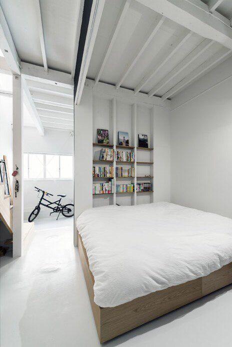 Интерьер, спальня, минимализм, белый цвет, идеи для комнаты, кровать, ковер…