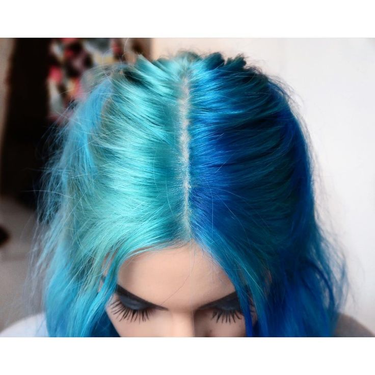 Split hair on @sophiehannahrichardson! #mermaid #dyedhair