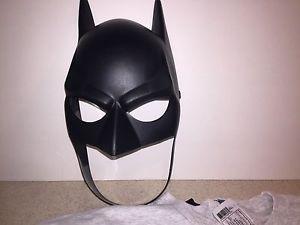D.C. Comics Batman Tshirt W Cape And Mask Adults Xlarge  | eBay