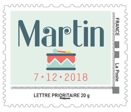 Timbre personnalisé naissance tambour par La Papeterie de Paris. timbre poste faire-part naissance.