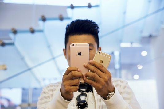 L'iPhone et la Chine permettent à Apple d'afficher de nouveaux résultats records Check more at http://info.webissimo.biz/liphone-et-la-chine-permettent-a-apple-dafficher-de-nouveaux-resultats-records/