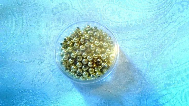 Perline rotonde art 245 di MERLETTI NASTRINI PASSAMANERIE su DaWanda.com