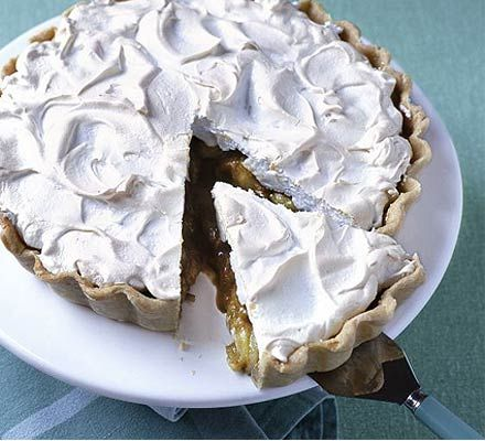 Stuck for what to do with gooseberries? Think of a classic lemon dessert and simply swap the lemon - gooseberry meringue pie