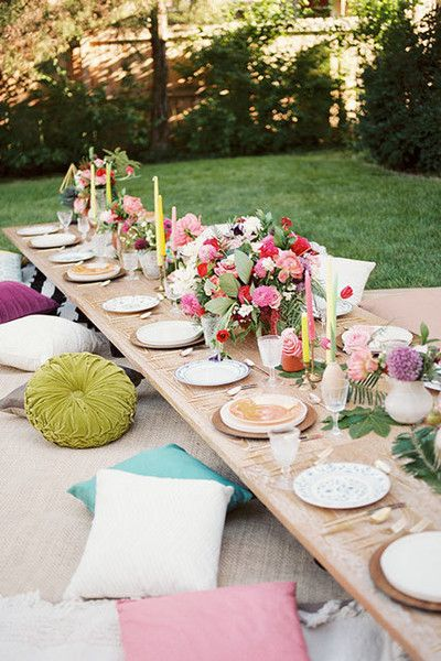 Dining Lounge - 15 Outdoor Ideas To Steal Before The End Of Summer - Photos