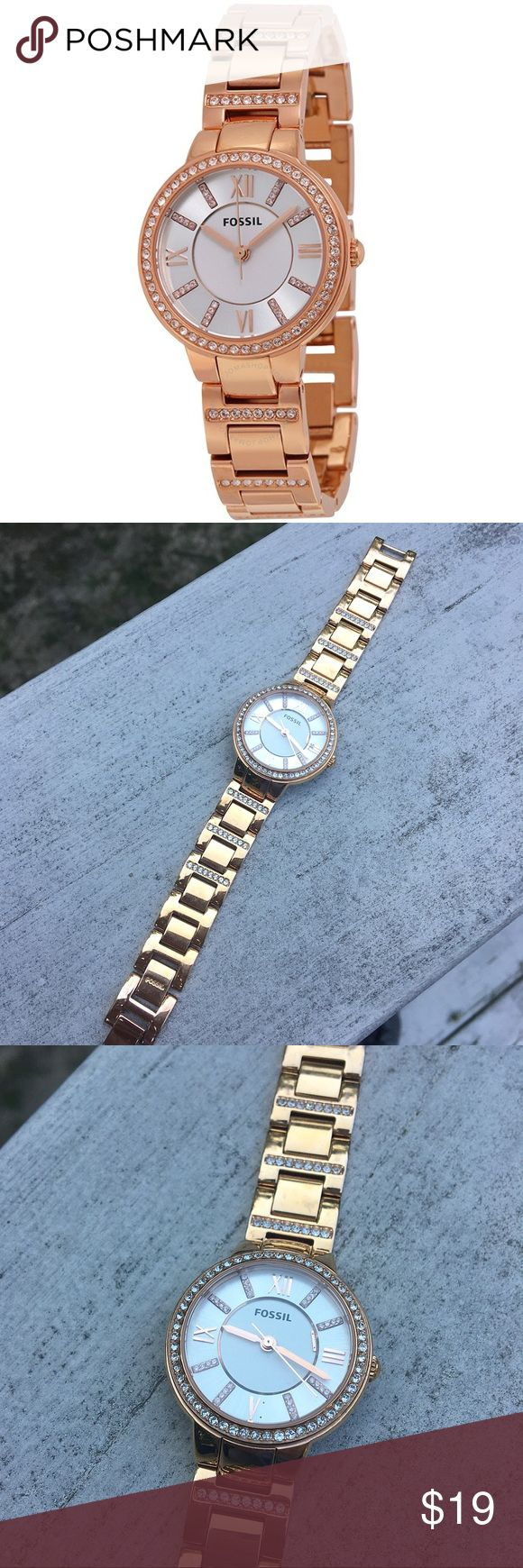Rose Gold Fossil Watch Women's rose gold Fossil watch with removable chain link band and swarovsky crystals on band, bezel, and inside the face. Watch has only been warn few times and is in great condition but needs a new battery. Also, one of the 6 markers are loose and floating in face. This can be repaired by Fossil if sent to company. Authentic. No trades! Fossil Accessories Watches