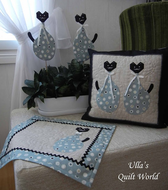 Cat quilts, tablemats and pillow