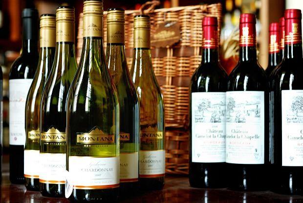 Czego się dowiesz po kształcie butelki wina? Jak wpływa na to, co we wnętrzu?
