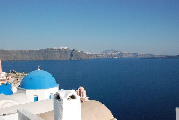 Dream vacation...Oh sooo beautiful!  **Santorini, Greece**