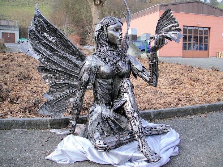Amazing Recycled Car Parts Sculptures