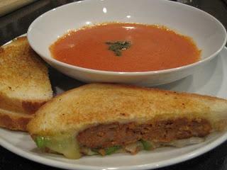 Rachel Ray Creamy Tomato Soup - My favorite tomato soup recipe, and ...