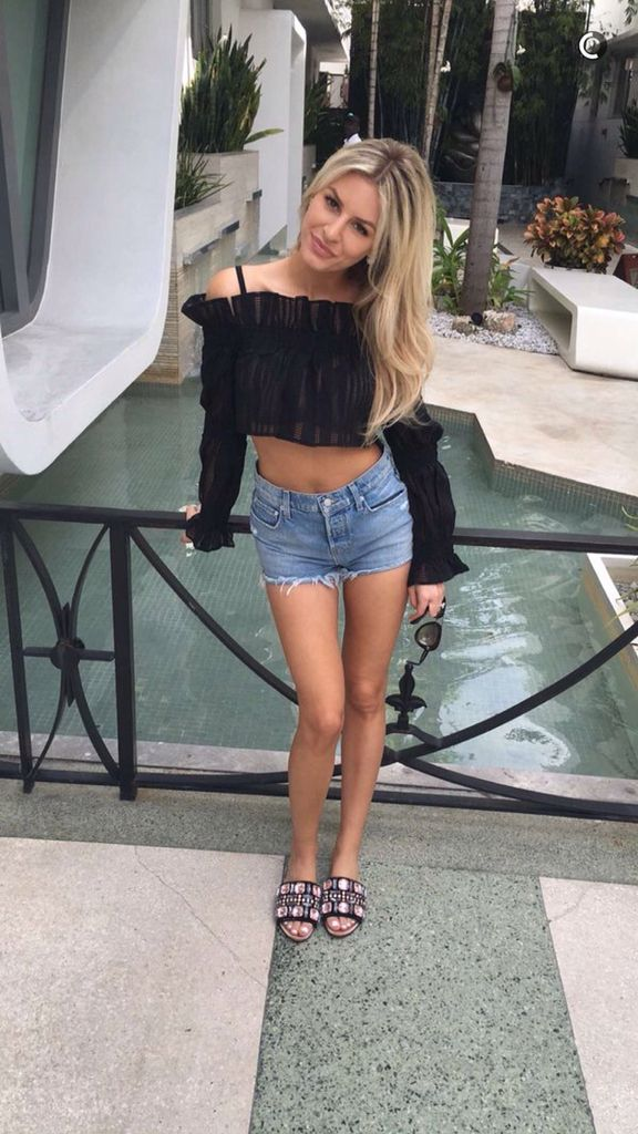 Morgan Stewart in Miami - great outfit and gorgeous shoes!