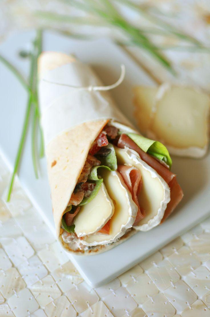 10 min pour préparer ces Wraps de brebis au jambon de pays - Envie de Bien Manger. Plus de recettes express ici : www.enviedebienmanger.fr/idees-recettes/recettes-express
