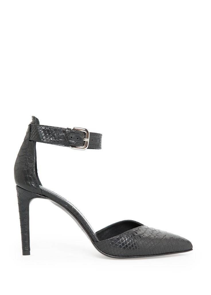 Leather ankle-cuff shoes
