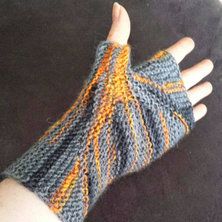 188 Best Images About Knit Free Gloves Socks Slippers