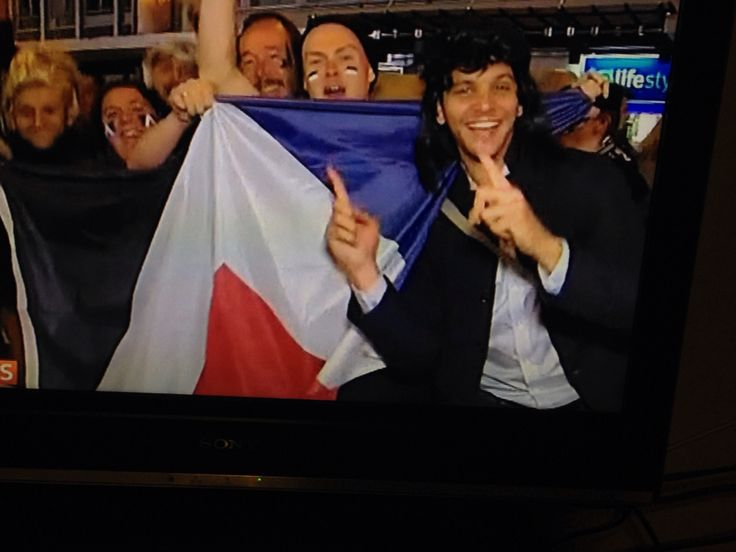 Red Peak on view in Cardiff at RWC2015...and on TV3 news #redpeak #firsttothelight #rwc2015 #nzflag