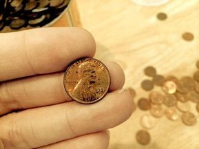 Someone found a 1982 copper penny worth $18,800. You could too! Everything you want to know about the 1982 D penny - and how to find a 1982 small date penny.
