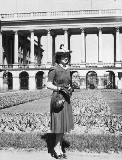 Miss Polonia USA Jadwiga Bieńko podczas pobytu w Warszawie (1939r.)