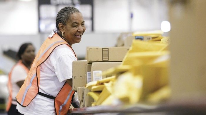 Amazon Fulfilment Book A Warehouse Tour Amazon Fulfillment