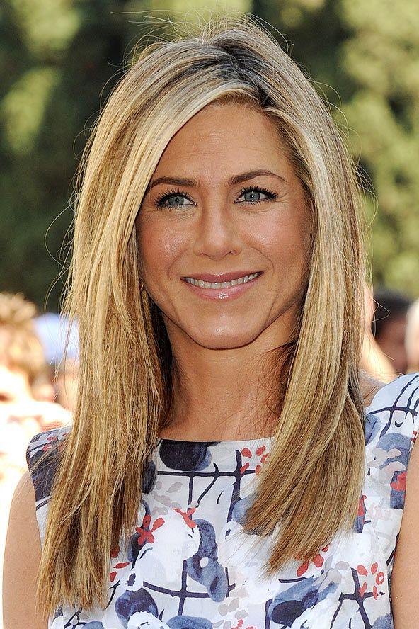 Jennifer Aniston's side-swept golden locks