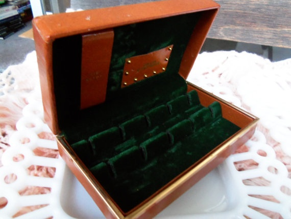 15 best Every girl needs a jewelry box too images on Pinterest