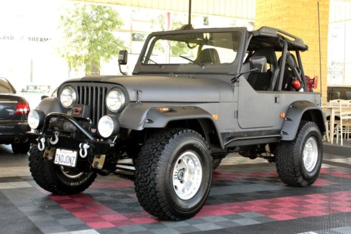 1986 Jeep CJ7 Custom 5spd