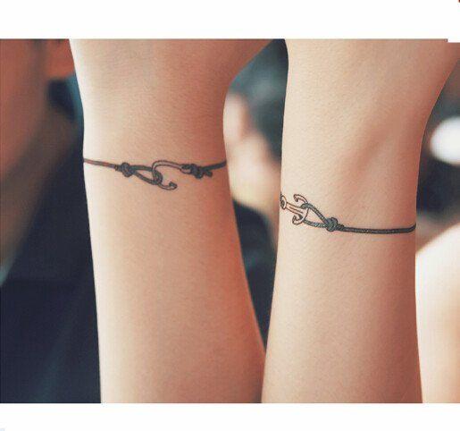 bracelet tattoo wrist (ancre de bateau pour changer)
