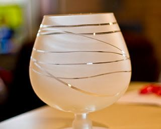 {DIY} Frosted Glassware... Great way to make some cheap wine glasses fancy!