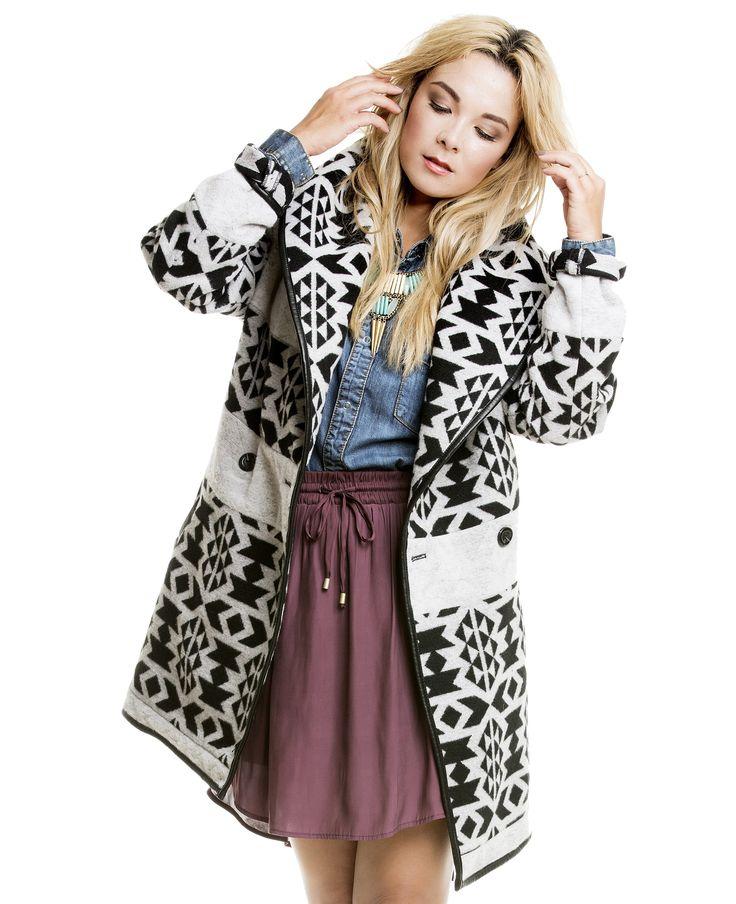 Nela Lee liebt ihren warmen Mantel mit Muster @YOU&IDOL http://youandidol.aboutyou.de/#!/outfits/205