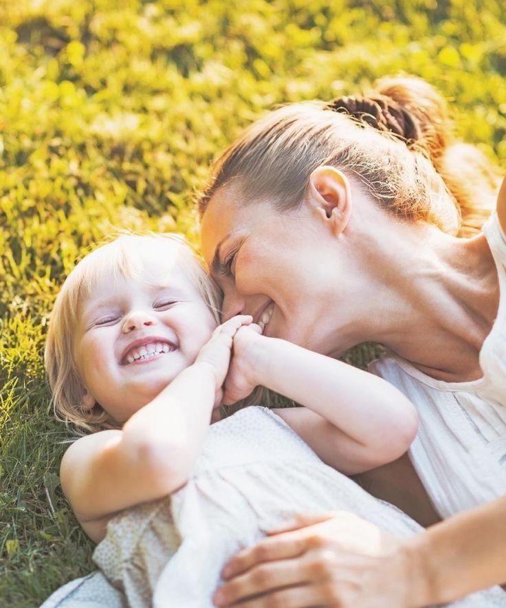 Самое лучшее воспитание для ребенка — это материнская любовь. Самое главное занятие для родителей — это воспитание детей. Если они с этим не согласны, зачем же они обзавелись детьми? Масару Ибука