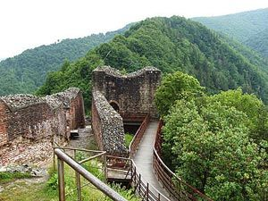 Romanian Gastronomic Voyage: Castles, Legends and More Fortifications