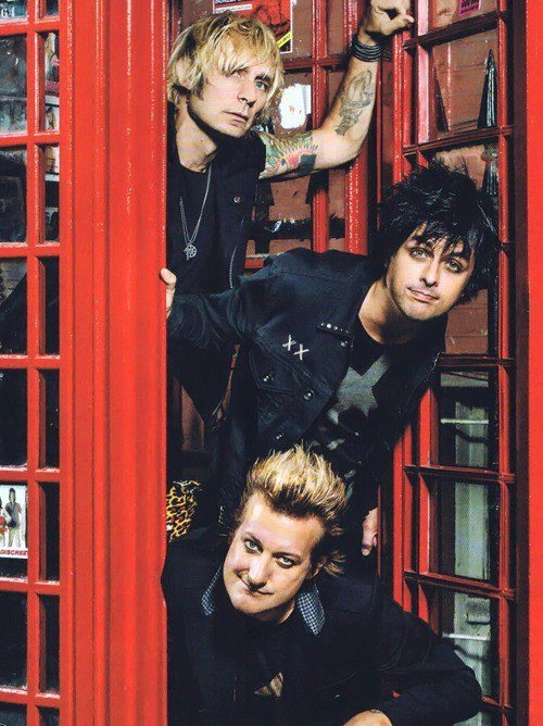 Absolutely my most favorite band:) Green day!