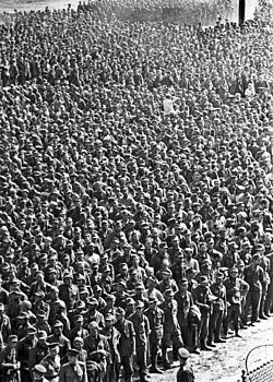 German prisoners of war in Moscow (1944) Approximately 3 million German prisoners of war were captured by the USSR during WWII, most of them during the great advances of the Red Army in the last year of the war. The POW were employed as forced labor in the USSR wartime economy and post war reconstruction. By 1950 almost all had been released, in 1956 the last surviving German POW returned home from the USSR