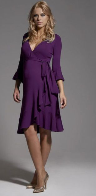 Geniş yakalı kuşaklı kışlık hamile kıyafet modeli