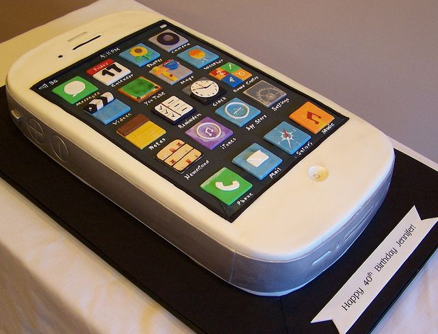 iPhone Cake- for my dad :)