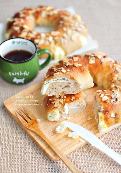 고소하게 뜯어먹는 크림치즈호두빵 만들기 새로운 한주 시작되었군요. 아~ 늘 그렇지만 적응 안되는 월요일...