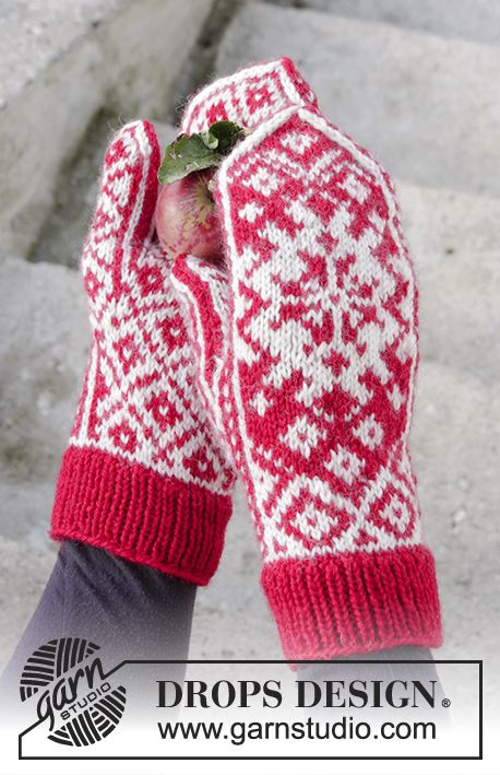 Christmas Raffle mittens with Nordic pattern by DROPS Design Free Knitting Pattern