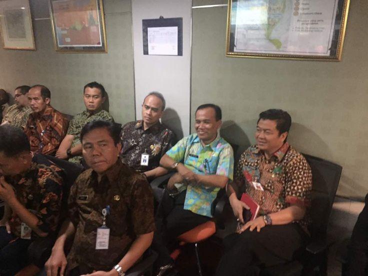 Ka. BPRD hadiri rapat dengan Tim Sinkronisasi Gubernur 2017-2022