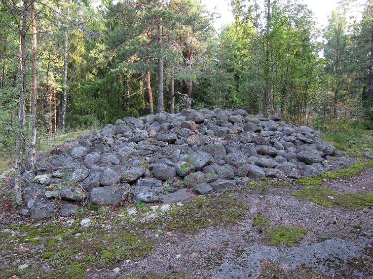 Hiidenkiuas Kotkassa Höyterinpohjan alueella.