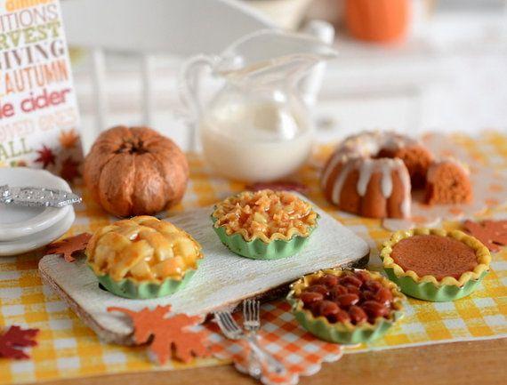 Miniature Thanksgiving Pie Assortment MiniSized By CuteinMiniature