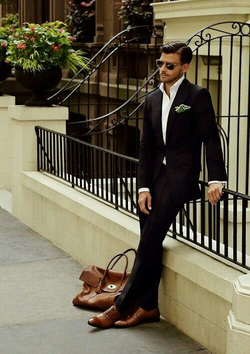 Look at the men style. Wowwwww