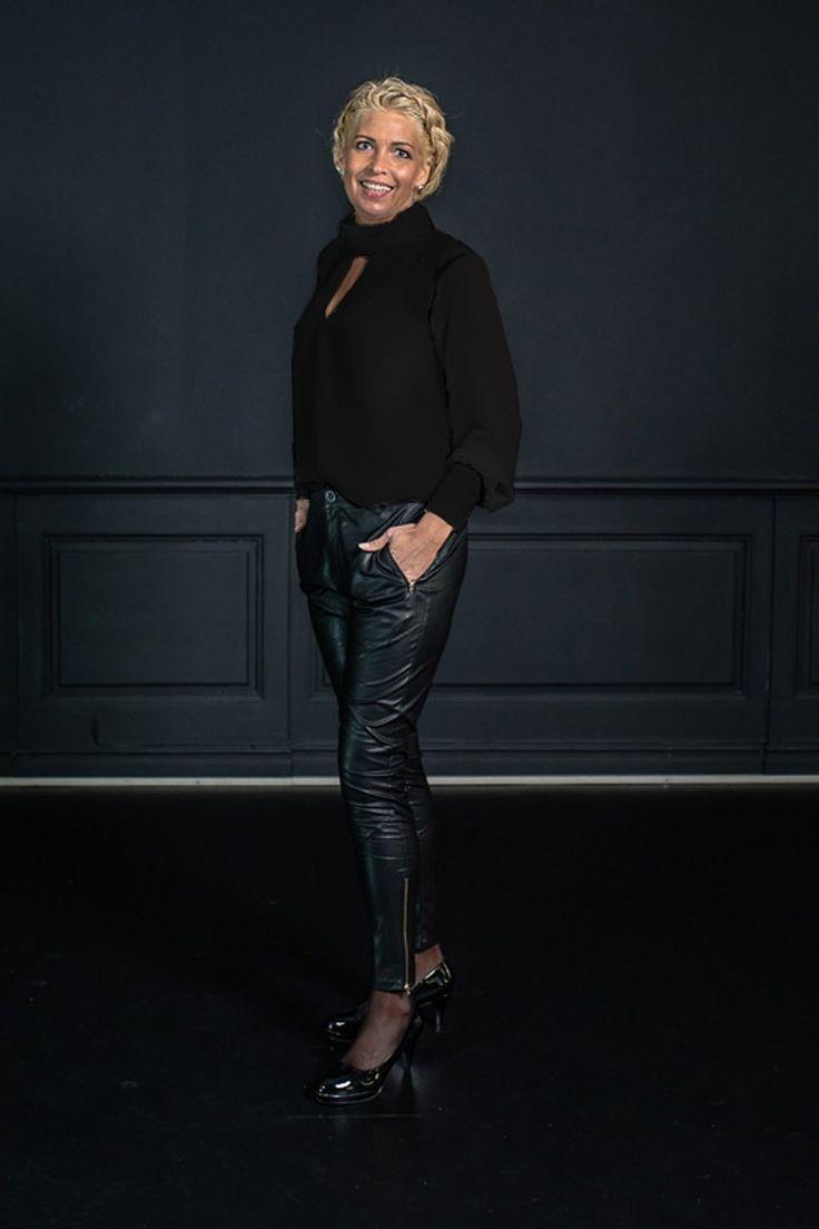 Barfota chiffon bluse svart