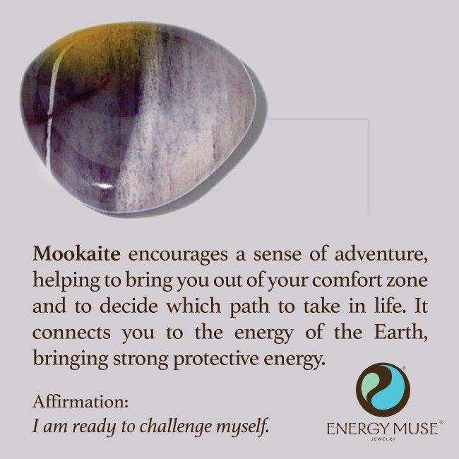 °Mookaite encourages your sense of adventure, helping to bring you out of your comfort zone & to decide which path to take in life. It connects you to the energy of the Earth & is believed to slow the effects of aging.