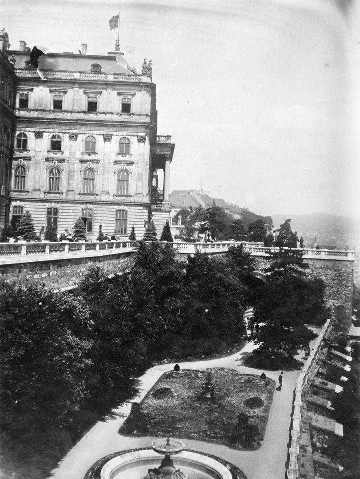 Budavári Palota udvara