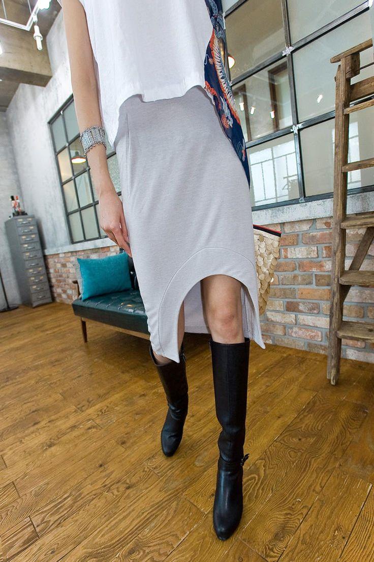 H line unbalance skirt from Kakuu Basic. Saved to Kakuu Basic Skirts. Shop more products from Kakuu Basic on Wanelo.